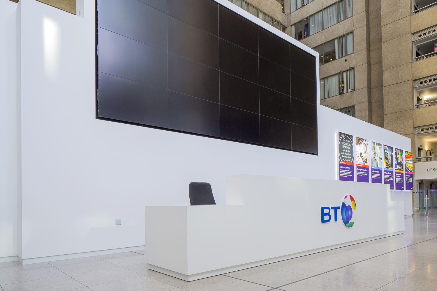 Corian® Reception Desk For British Telecom