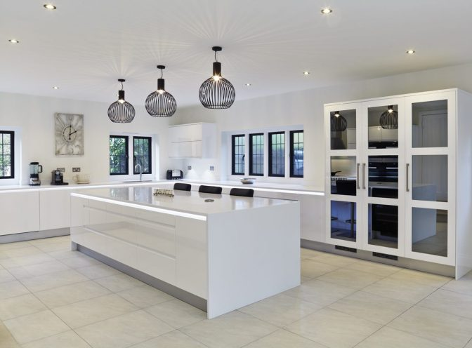 Stoneham Gloss White Kitchen