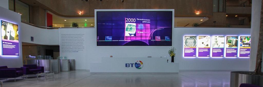 Corian® Reception Desk For British Telecom
